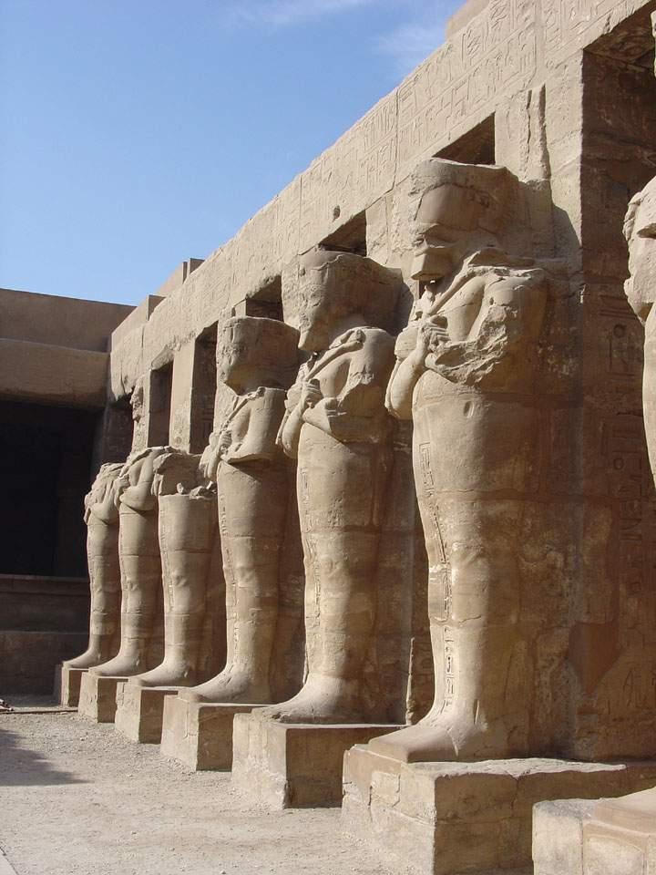 Ausflug nach Luxor-Tal der Könige mit dem Bus ab Makadi Bay/Sahl Hasheesh