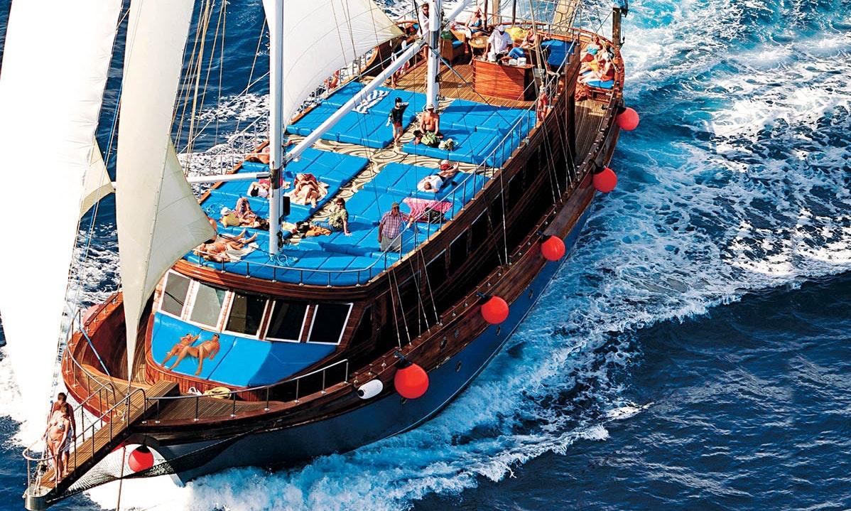 Sonnenuntergang Piratenboot VIP & Meeresfrüchte Diner & Live Band -sharm el Sheikh